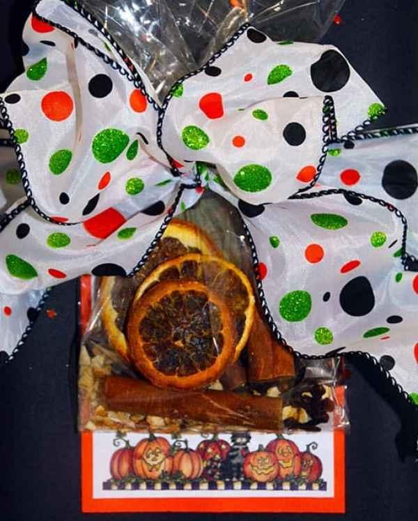stovetop Potpourri wrapping for Halloween