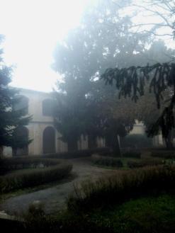 altrove-esterno-nebbia-11
