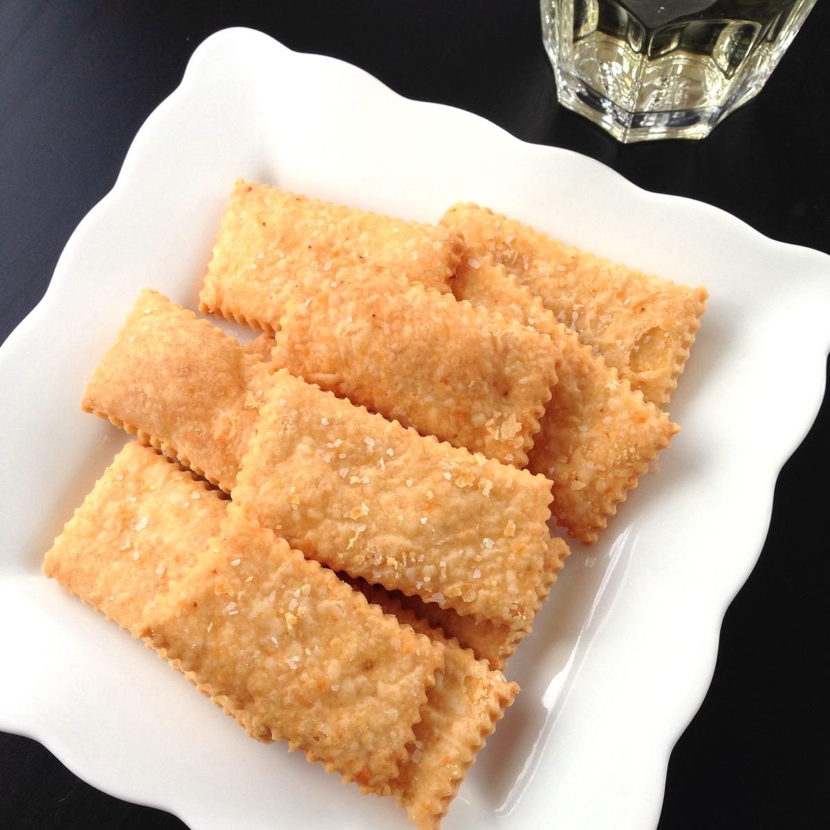 Cheese crackers 1200