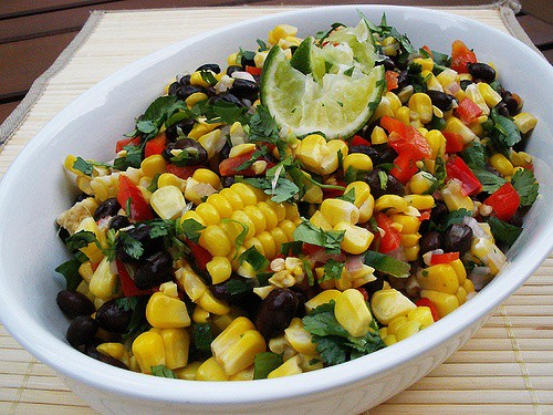 https://i0.wp.com/goodtaste.tv/wp-content/uploads/2011/01/Roasted_Corn_and_Black_Bean_Salad.jpg