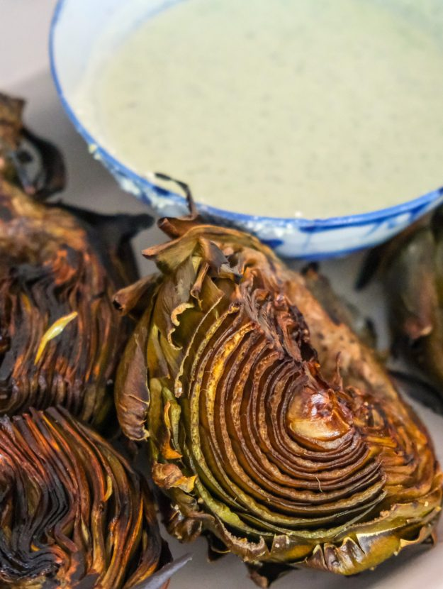 Grilled artichokes with a creamy dipping sauce