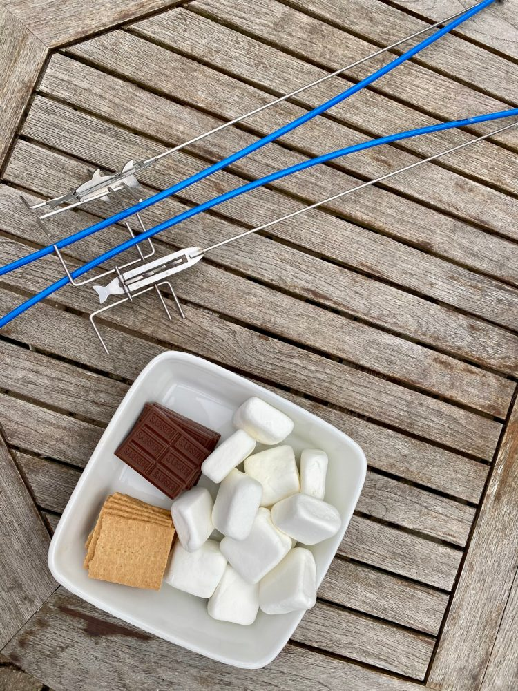 S'mores fishing pole