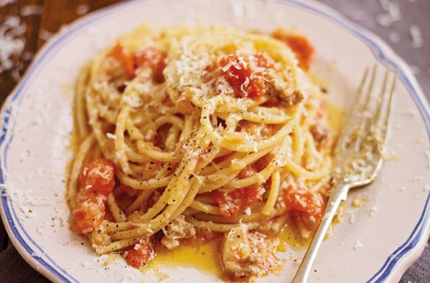 Antonio Carluccios pasta with a chilli bacon and tomato