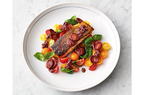 Jamie Oliver S 5 Ingredient Smoky Chorizo Salmon Recipe