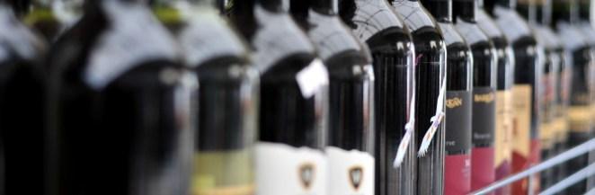 israeli-wine-shelf