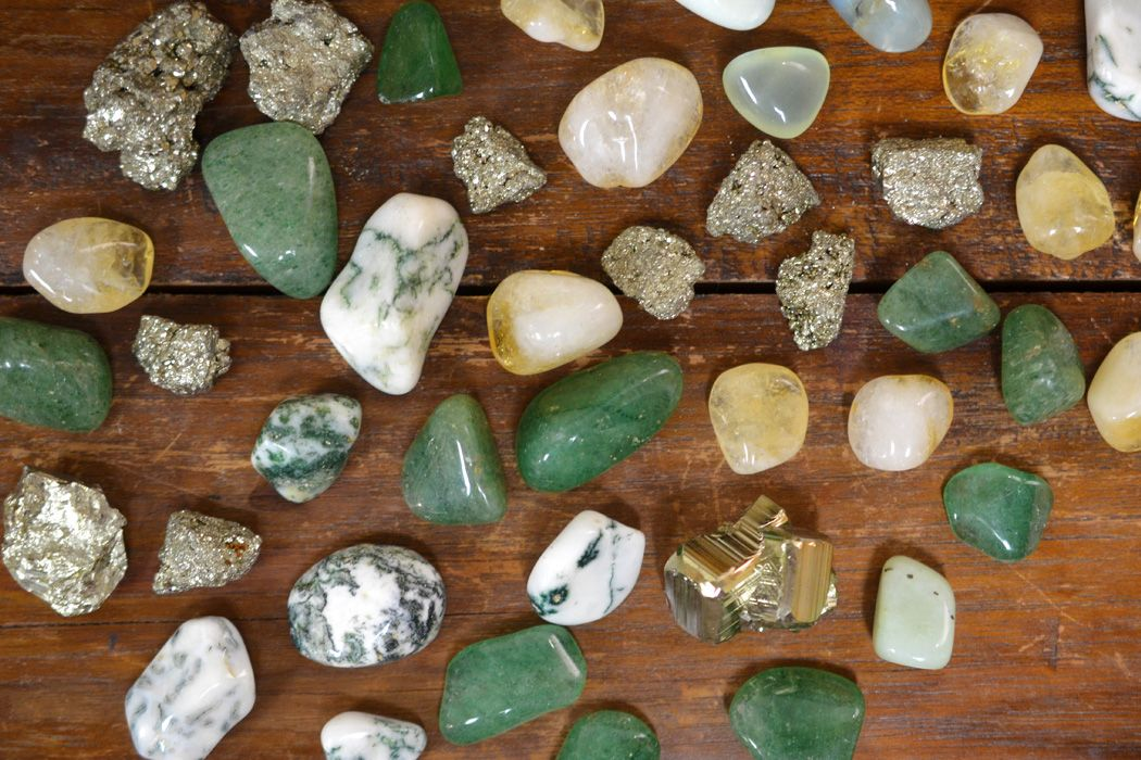 Crystals For Prosperity Success And Wealth Good Witches