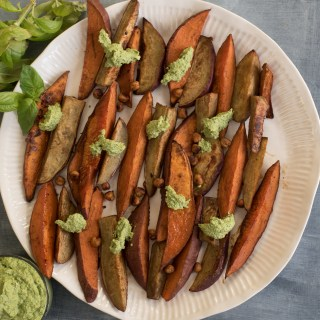 Spiced-holiday-sweet-potato-wedges