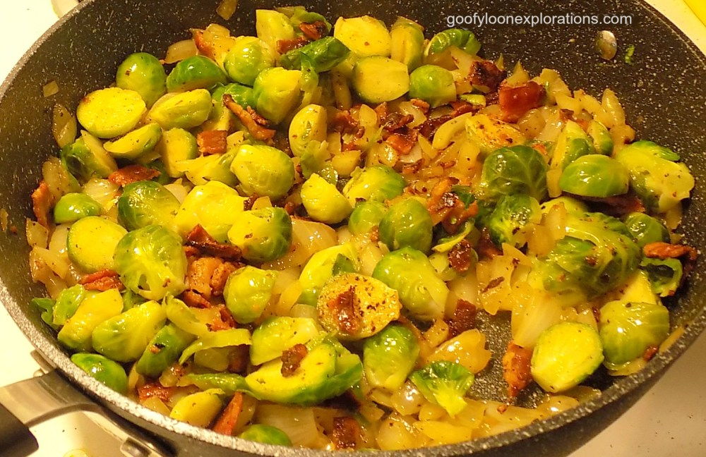 Brussel Sprouts With Bacon and Onions - Brussel Sprouts with Bacon 1