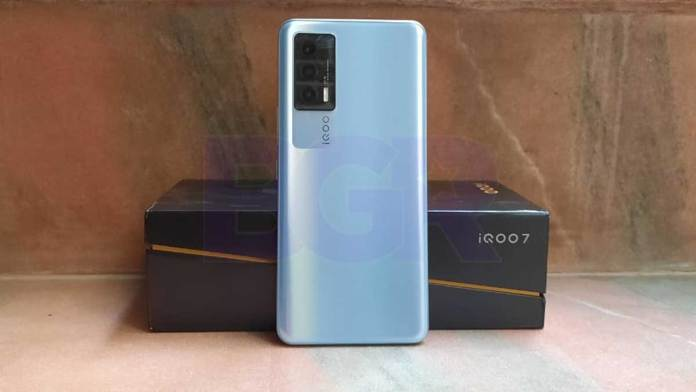 iQOO 7 new variant coming to India soon: New colour or upgraded specs?