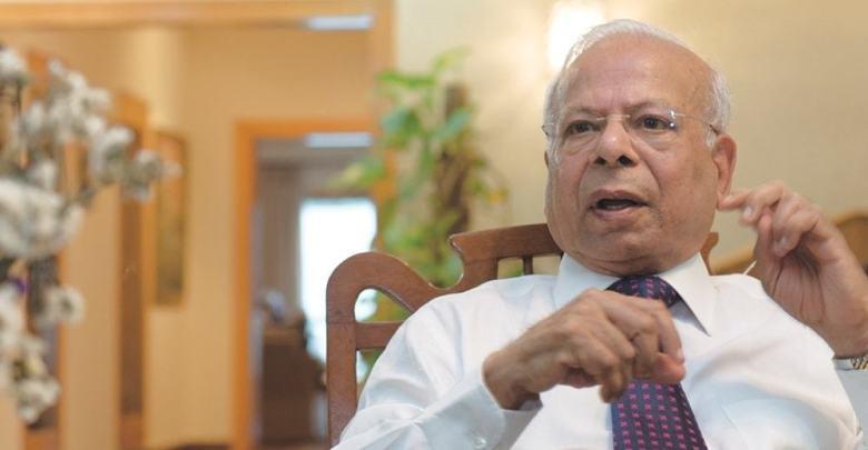 وزیر اعظم کے مشیر ڈاکٹر عشرت حسین نے استعفیٰ دے دیا
