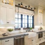 44 Best Farmhouse Kitchen Cabinets Design Ideas And Decor (2)