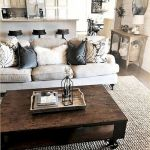 50 Adorable Farmhouse Living Room Furniture Design Ideas And Decor (28)