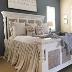 50 Awesome Farmhouse Bedroom Decor Ideas And Remodel (3)