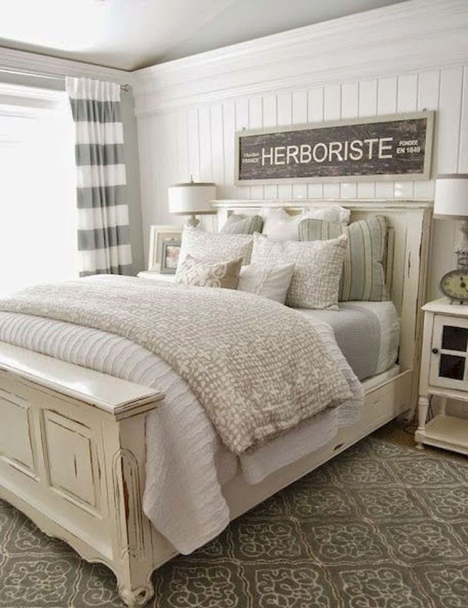 50 Awesome Farmhouse Bedroom Decor Ideas And Remodel (38)