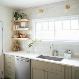 50 Beautiful Farmhouse Kitchen Sink Design Ideas And Decor (35)