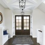 50 Best Farmhouse Entryway Design Ideas You Must Try In 2019 (47)