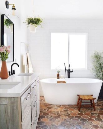66 Adorable Farmhouse Bathroom Decor Ideas And Remodel (38)