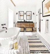66 Adorable Farmhouse Bathroom Decor Ideas And Remodel (48)