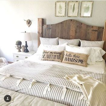 69 Best Farmhouse Bedding Decor Ideas And Remodel (39)