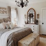 69 Best Farmhouse Bedding Decor Ideas And Remodel (50)