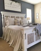 69 Best Farmhouse Bedding Decor Ideas And Remodel (56)