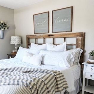 69 Best Farmhouse Bedding Decor Ideas And Remodel (69)