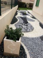 70 Magical Side Yard And Backyard Gravel Garden Design Ideas (22)