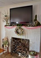 37 Beautiful Easter Fireplace Mantle Ideas (1)