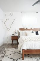 57 Stunning Modern Farmhouse Bedroom Design Ideas and Decor (82)