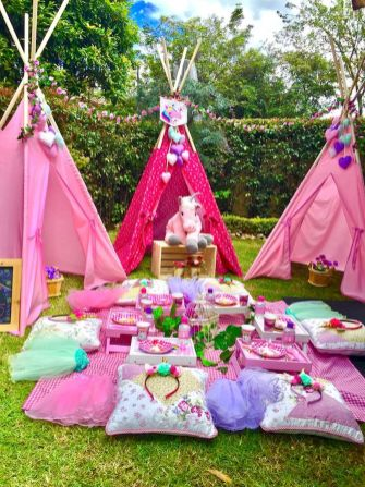 Garden Party Decorations Ideas (37)