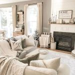 105 Best Farmhouse Living Room Decor Ideas (32)