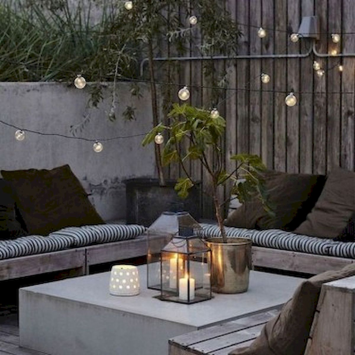 30 Best Small Backyard Patio Ideas (14)