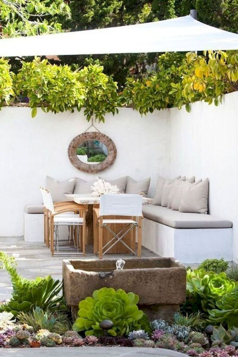 30 Best Small Backyard Patio Ideas (23)