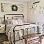20 Best Rustic Bedroom Decor Ideas (11)