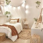 20 Suprising Aesthetic Bedroom Ideas and Decor (17)