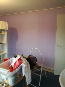 Renovatie slaapkamermuur voor
