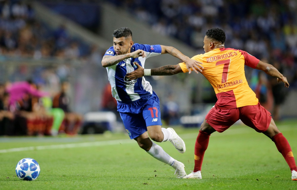 Arsenal, Spurs And Sevilla 'Taking The Lead' In Battle To Sign Mexican Star But His Club Are Refusing To Sell