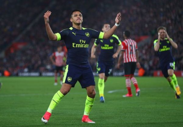 """Alt="""" Arsenal celebrate during their 4-1 win over Stoke City"""""""