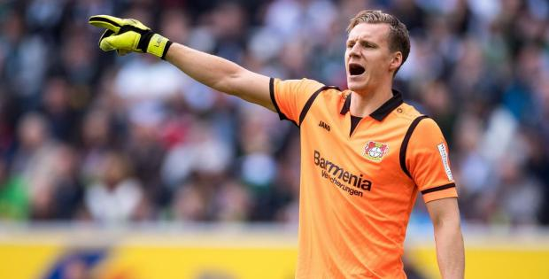 Campbell wants Arsenal to cash in on Leno situation