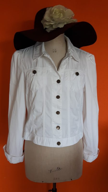 Vintage wit spijkerjasje Armani Jeans maat 38-40,Goosvintage