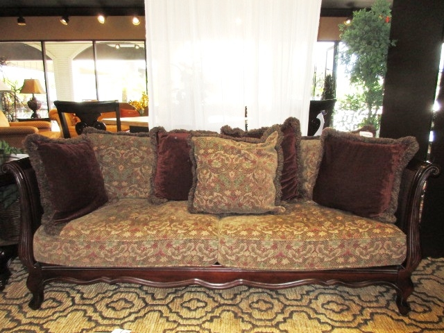 Bernhardt Sofa At The Missing Piece