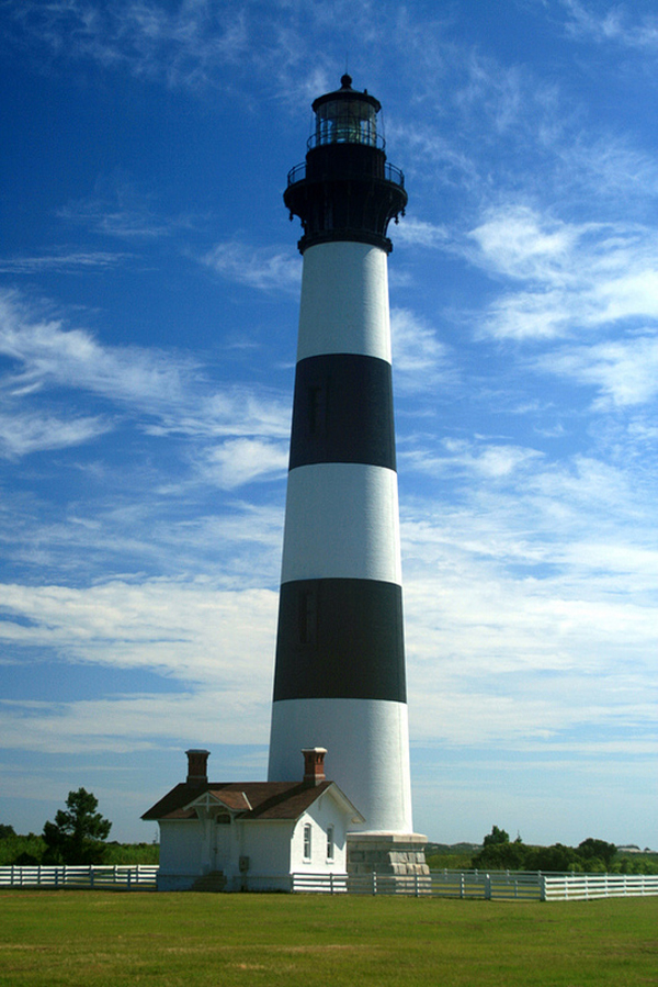Bodie Lighthouse Photo Credit: Kaua'i Dreams, via Flickr. Licensed CC.