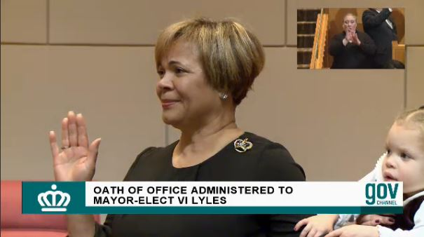 Vi Lyles swears in Charlotte mayor