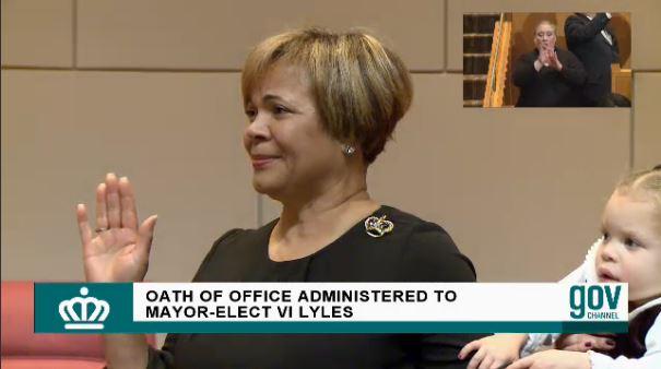 Vi Lyles swears in Charlotte mayor