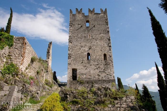 Arco góra zamek