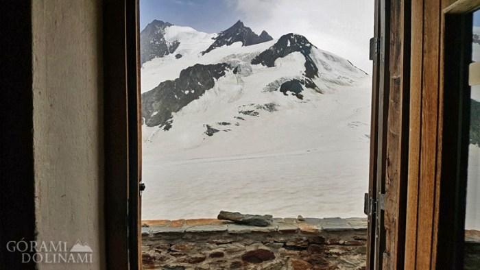 Finsteraarhornhütte widok