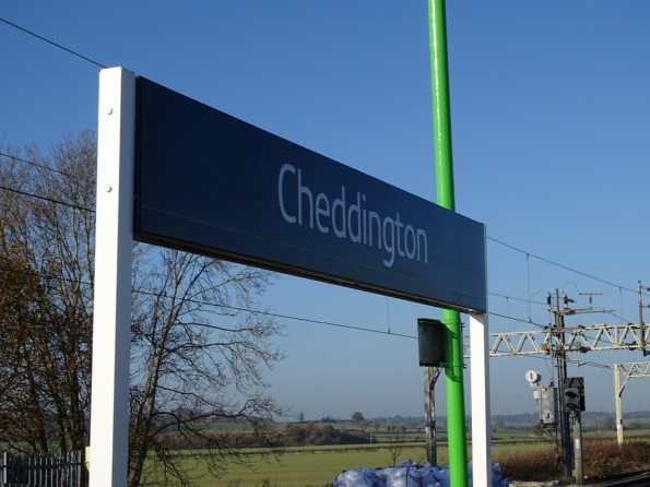 Cheddington railway station