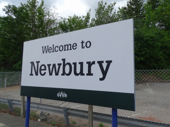 Newbury railway station