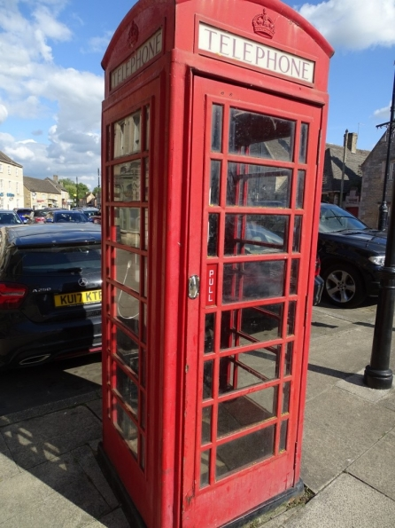 Red telephone box at Market Deeping