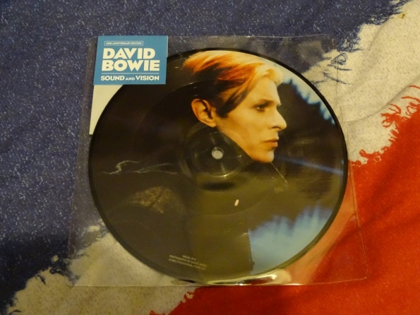 Sound And Vision: Picture Disc, by David Bowie